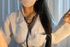Sexy Latina RolePlay Medica fazendo sexo oral ate gozar na boca JOI